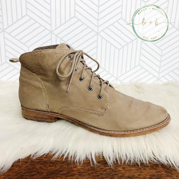 7f262d34a82d1 Sam Edelman Mare Putty Soft Leather Boots. M 5b4cb45d6197457a35145ed0